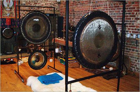 gong-sound-healing-2